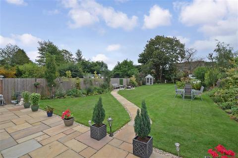3 bedroom bungalow for sale - Ashford Road, Bearsted, Birchington, Kent