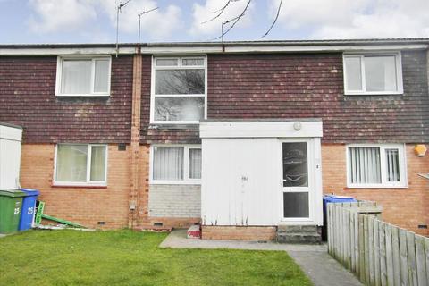 2 bedroom ground floor flat to rent - Cairnsmore Close, Cramlington, Northumberland, NE23 6LE