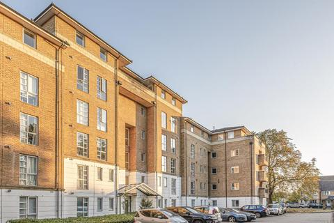 2 bedroom flat for sale - Friern Barnet, London, N11