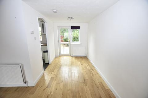 3 bedroom house for sale - Redford Close, Feltham, TW13