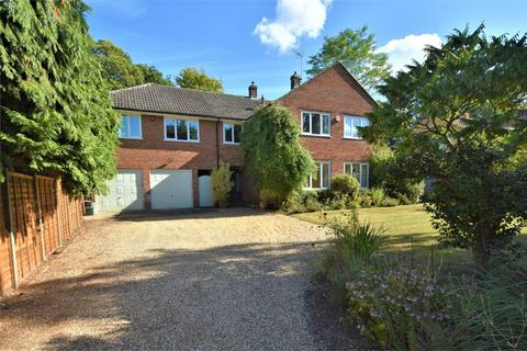 6 bedroom detached house for sale - Kingsley Avenue, CAMBERLEY, Surrey