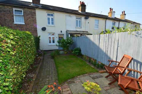 2 bedroom terraced house to rent - Burdett Road, Tunbridge Wells
