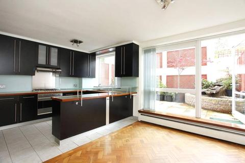 5 bedroom house to rent - Loudoun Road, St Johns Wood, London, NW8