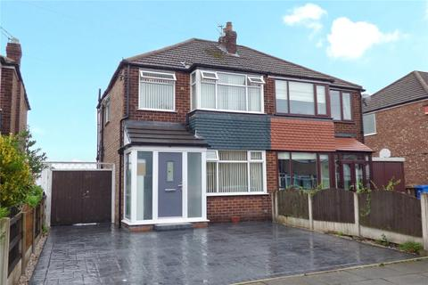 3 bedroom semi-detached house for sale - Ruthin Avenue, Alkrington, Middleton, Manchester, M24