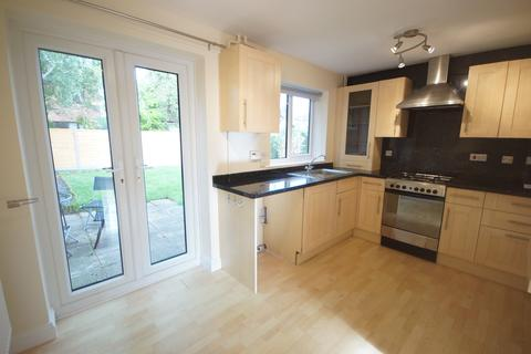 2 bedroom semi-detached house to rent - Harlaxton Close, Lincoln