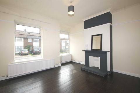 4 bedroom semi-detached house to rent - Braid Avenue, Acton