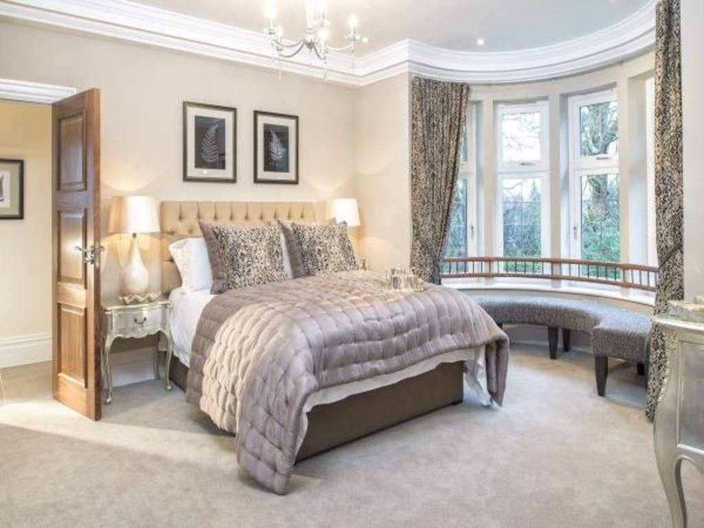 Webb Estate Purley Surrey 7 Bed Detached House For Sale