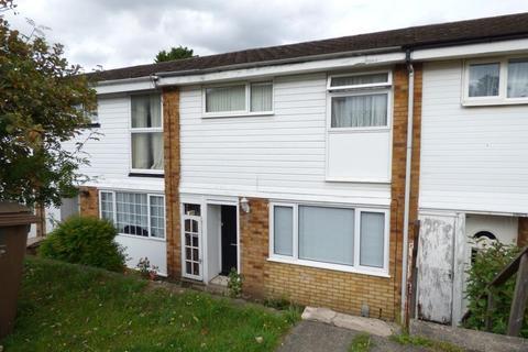 3 bedroom terraced house to rent - Buchanan Drive, Luton, LU2 0RT