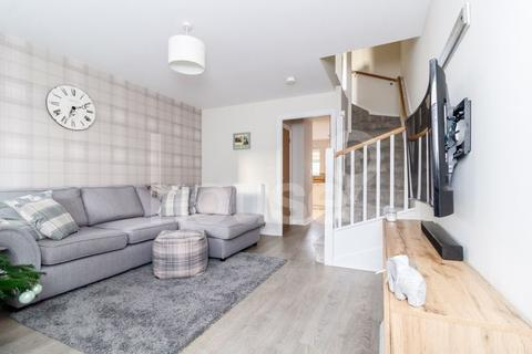 2 bedroom end of terrace house for sale - Lavender Avenue, Minster on Sea