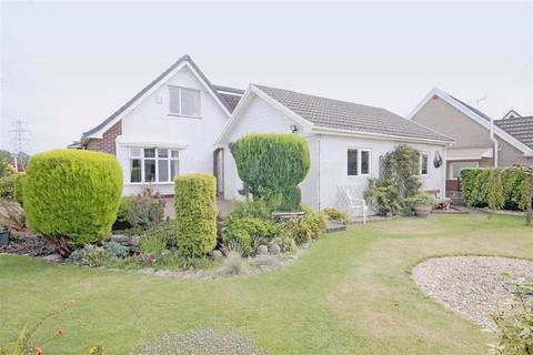5 bedroom detached bungalow for sale - Meadow Close, Bridgend