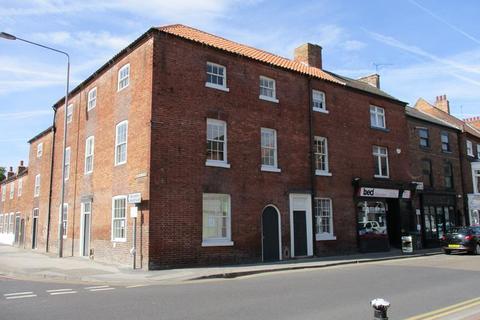 Shop to rent - 26-28 Grove Street, Retford, Nottinghamshire
