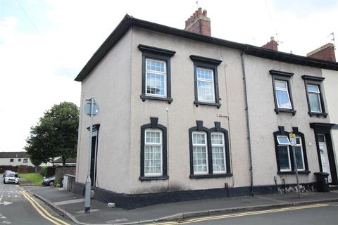 4 bedroom end of terrace house for sale - Clytha Crescent, Newport
