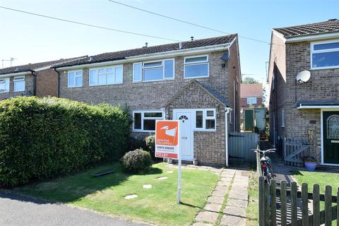 3 bedroom semi-detached house to rent - Sherrard Close, Whissendine