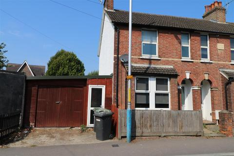 3 bedroom end of terrace house for sale - Shipbourne Road, Tonbridge