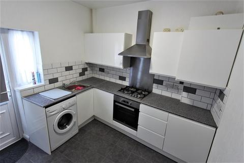 Studio to rent - Lordship Lane, Wood Green, N22