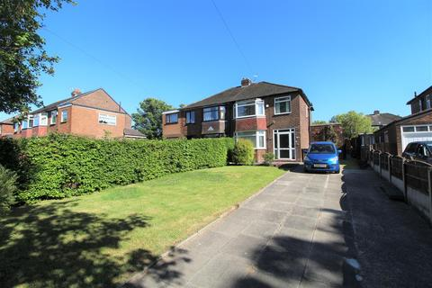 3 bedroom semi-detached house for sale - Bowness Road, Middleton, Manchester