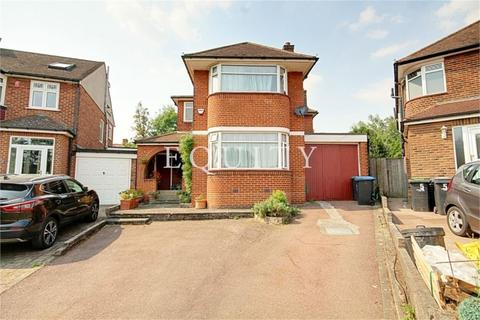 5 bedroom detached house for sale - Bewcastle Gardens, Enfield, EN2