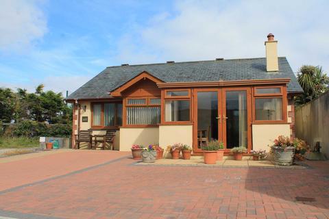 2 bedroom detached bungalow for sale - Barbican Farm Lane, East Looe