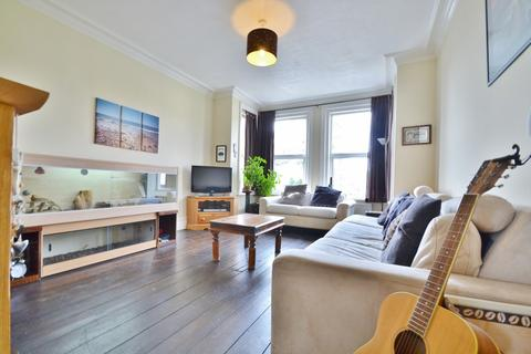 1 bedroom flat for sale - Pokesdown