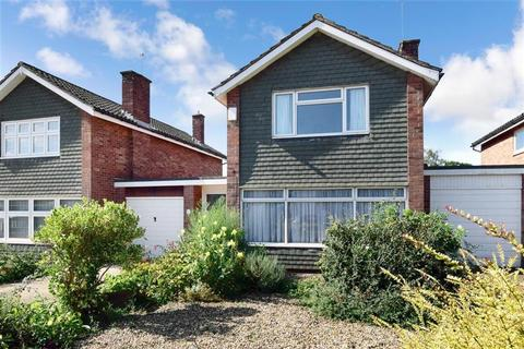 3 bedroom detached house for sale - Whistler Road, Tonbridge, Kent