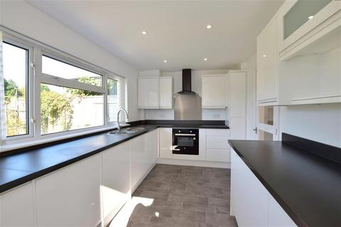 3 bedroom detached house for sale - Whistler Road, Tonbridge, Kent
