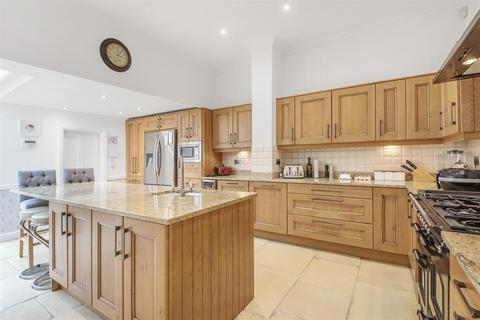 4 bedroom end of terrace house for sale - Wood lane, Beverley, East Yorkshire, HU17 8BS
