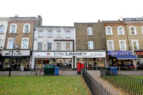 Property for sale - Rushey Green, London, SE6