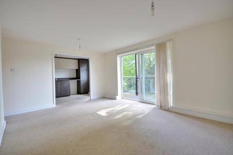 2 bedroom apartment to rent - Valley Road, Uxbridge, Middlesex UB10 0RP