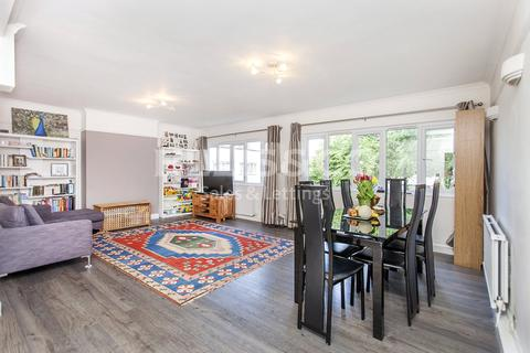 2 bedroom apartment to rent - Highfield Court, Highfield Road, London, NW11