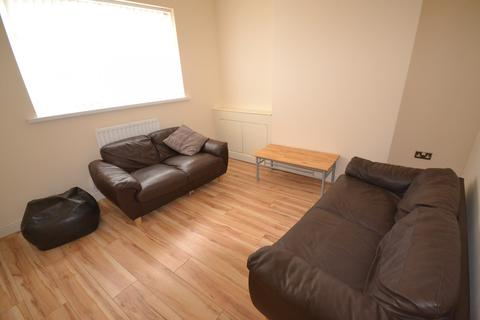 6 bedroom house to rent - 6 bedroom House Student in Central Swansea