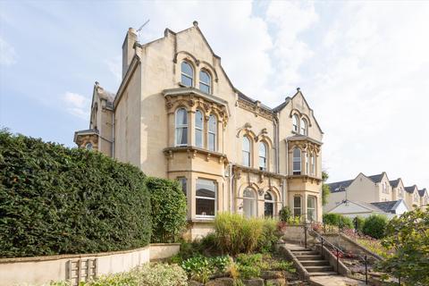 4 bedroom semi-detached house for sale - Christchurch Road, Cheltenham, GL50