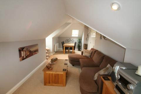 2 bedroom flat to rent - Dartmouth Road, Paignton