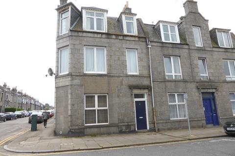 4 bedroom flat to rent - Bedford Place, Aberdeen AB24