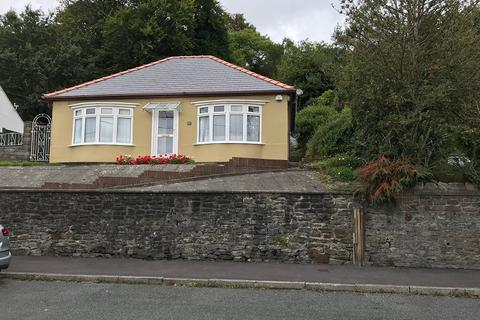 2 bedroom bungalow to rent - Park Drive, Neath, Neath Port Talbot.