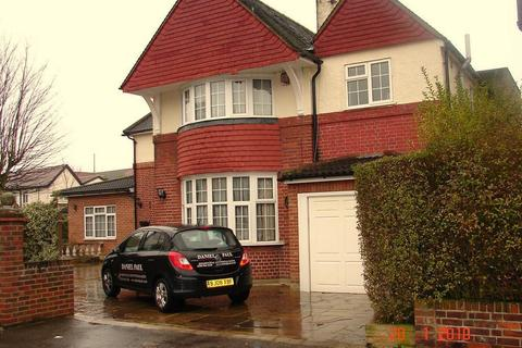 5 bedroom detached house to rent - Osterley Avenue