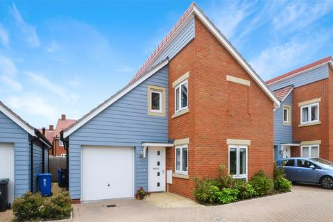 4 bedroom detached house for sale - Noel Place, Canford Heath, Poole, Dorset, BH17