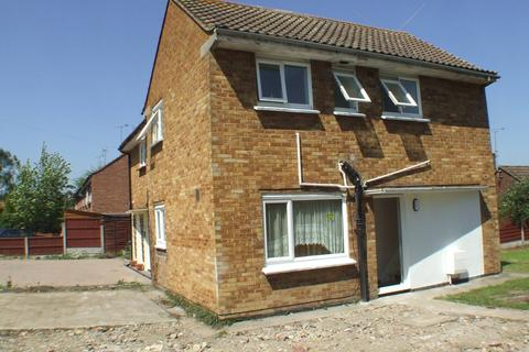 1 bedroom maisonette to rent -  Middle Mead,  Wickford, SS11