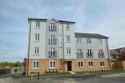 2 bedroom flat for sale - Woodpecker Way, Queens Hill, Norwich, Norfolk