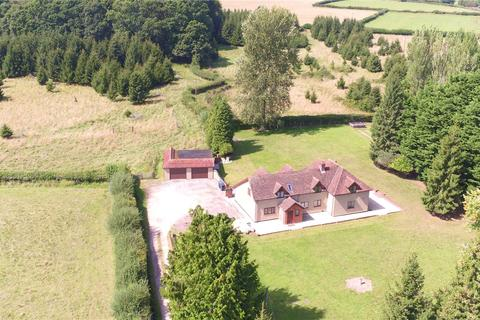 5 bedroom detached house for sale - Lyburn Road, Hamptworth, Salisbury, Wiltshire, SP5