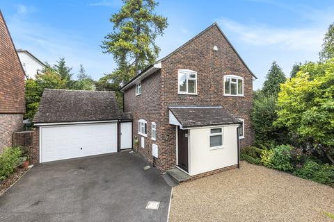 4 bedroom detached house for sale - Greenwich Close, Maidstone
