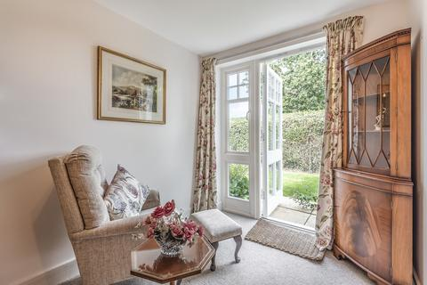 2 bedroom apartment for sale - Rear Apartment Facing the Communal Gardens