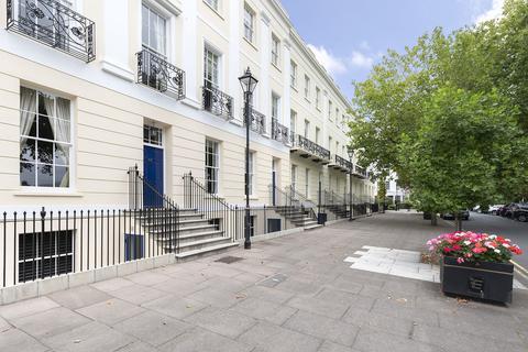 3 bedroom ground floor flat to rent - Imperial Square, Cheltenham GL50 1QG