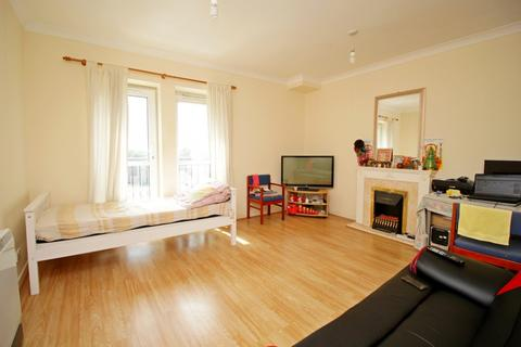1 bedroom flat for sale - High Street,  Hounslow, TW3