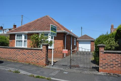 2 bedroom detached bungalow for sale - Fairways Close, Burnham-On-Sea