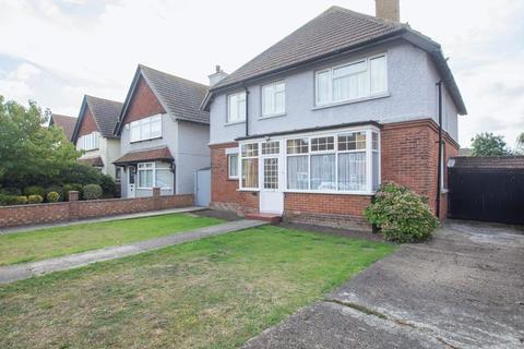 5 bedroom detached house for sale - Deal