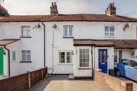 2 bedroom terraced house to rent - Woodland Cottages, Beaconsfield Road, Farnham Common, Buckinghamshire SL2