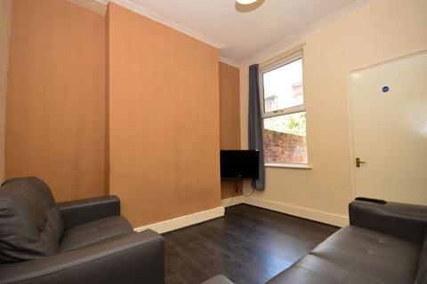 3 bedroom house share to rent - Empress Road, Kensington, Liverpool