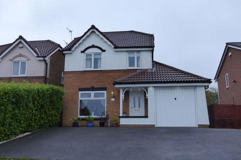 3 bedroom detached house for sale - Hodge Clough Road, Oldham