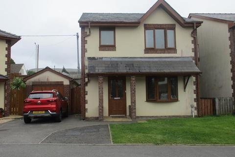 3 bedroom detached house for sale - Min Afon, Rhigos, Aberdare