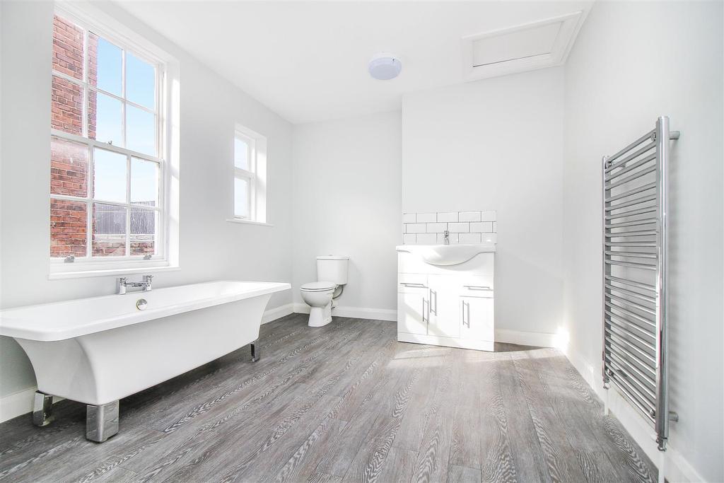 ,bathroom.jpg